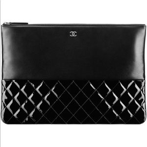 CHANEL O Case Clutch + Free Chanel VIP duffel bag
